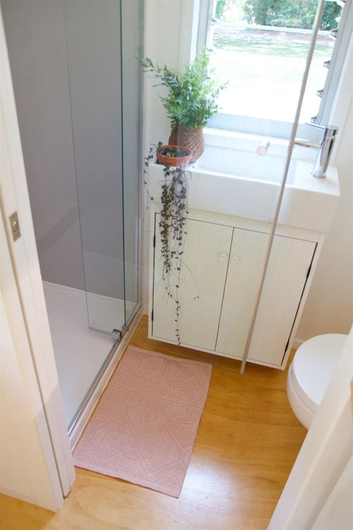 Bathroom - Swallowtail by The Tiny House Company