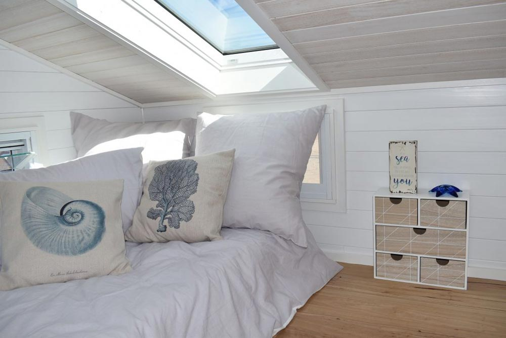 Skylight - Graduate Series 6000DL Seaside by Designer Eco Homes