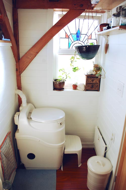 Bathroom - Tiny Timber House