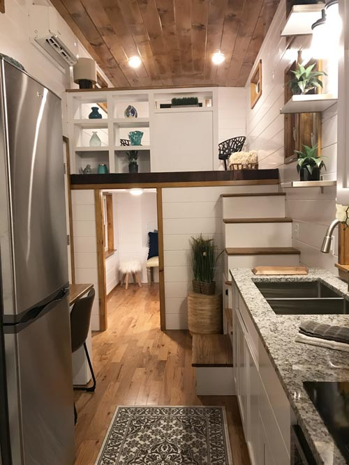 Kitchen - Movie Star by Incredible Tiny Homes