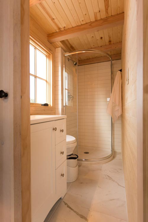 Bathroom - Porchlight by Hideaway Tiny Homes