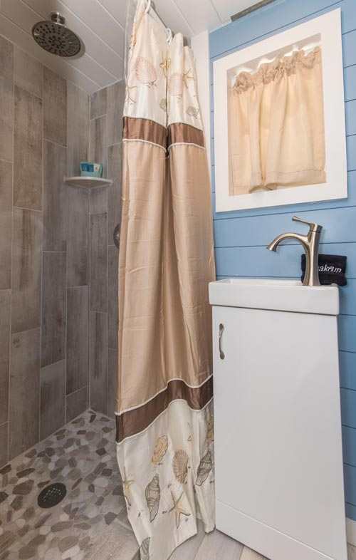 Tile Shower - Siesta at Tiny House Siesta