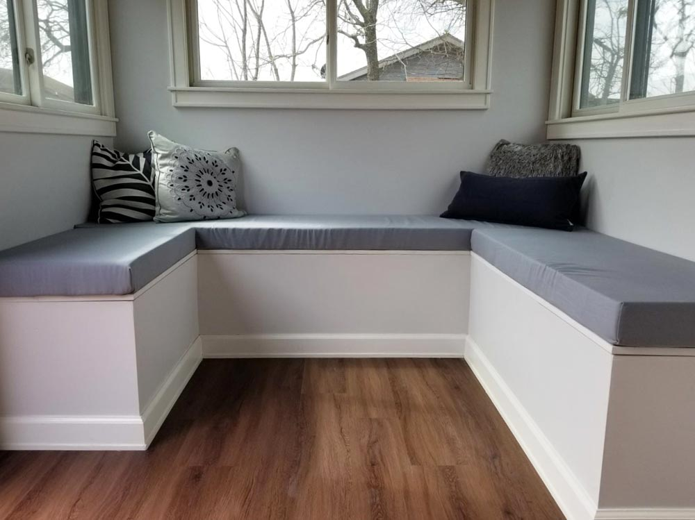 Built-In Couch - Silver Lake by B&B Micro Manufacturing