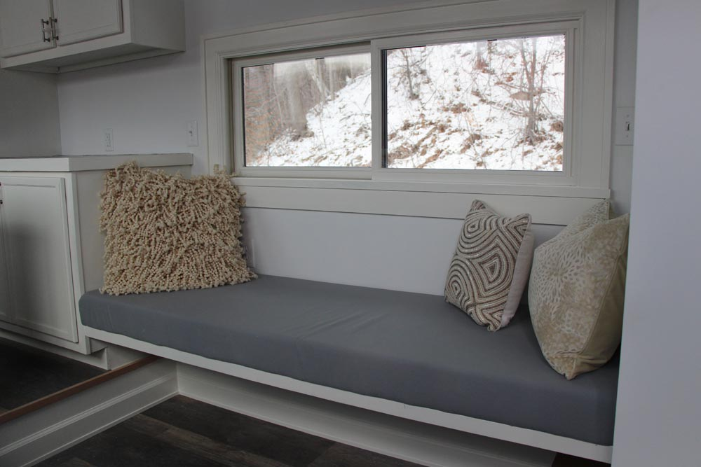 Built-In Bench - Stony Ledge by B&B Micro Manufacturing