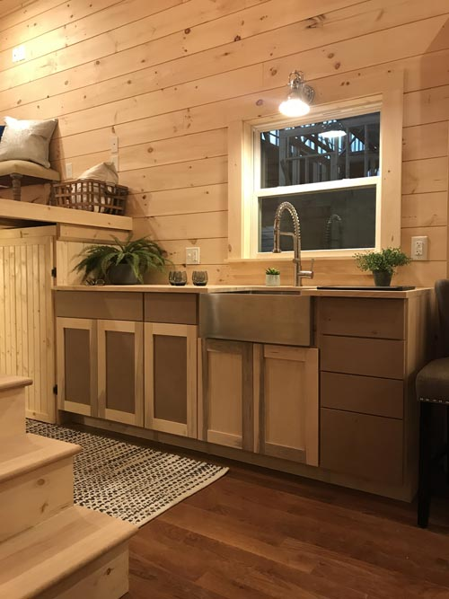 Half-Moon Sink - Sweet Dream by Incredible Tiny Homes
