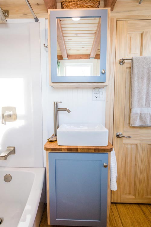 Vanity - Tara's 33' Gooseneck Tiny House by Mitchcraft Tiny Homes