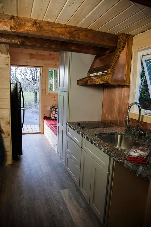 Kitchen Cabinets - Copper Canyon by Catawba River Tiny Homes