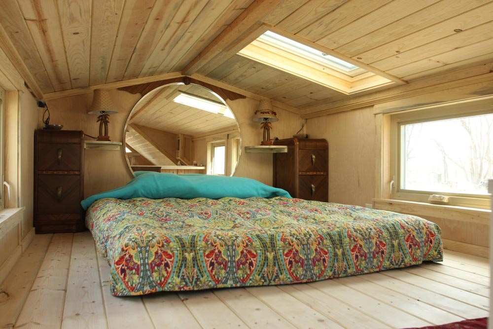 Bedroom Loft - Judy Blue Eyes by SimBLISSity Tiny Homes