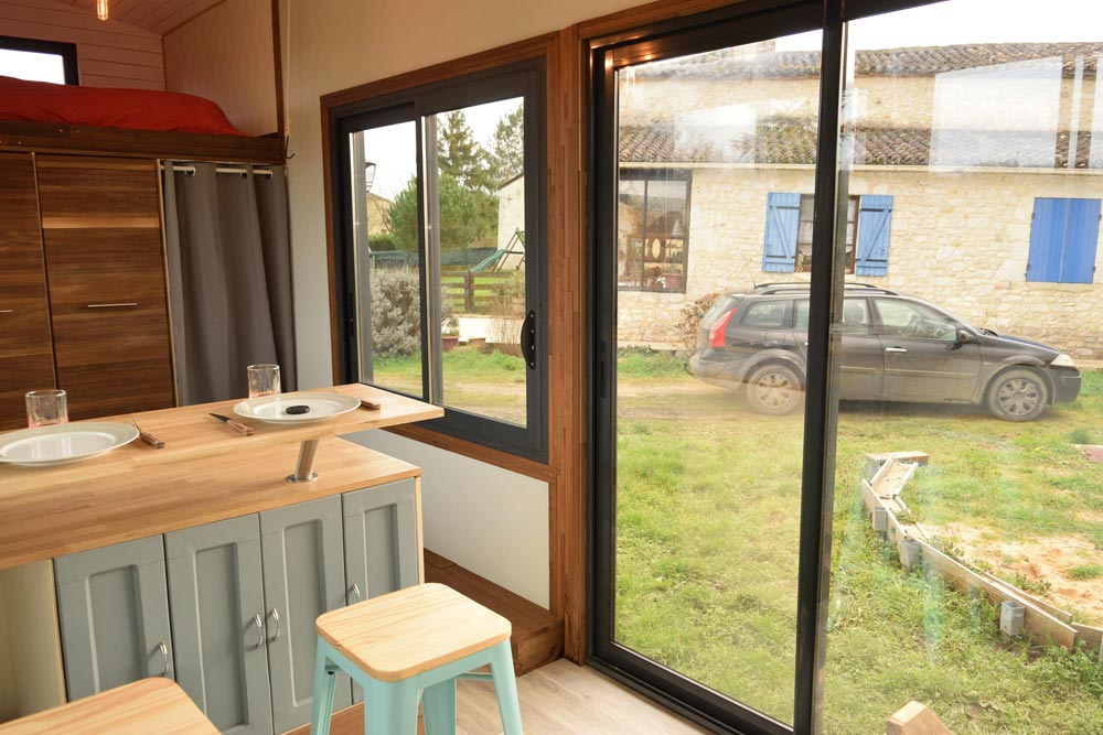 Sliding Glass Door - Tiny House Lumen
