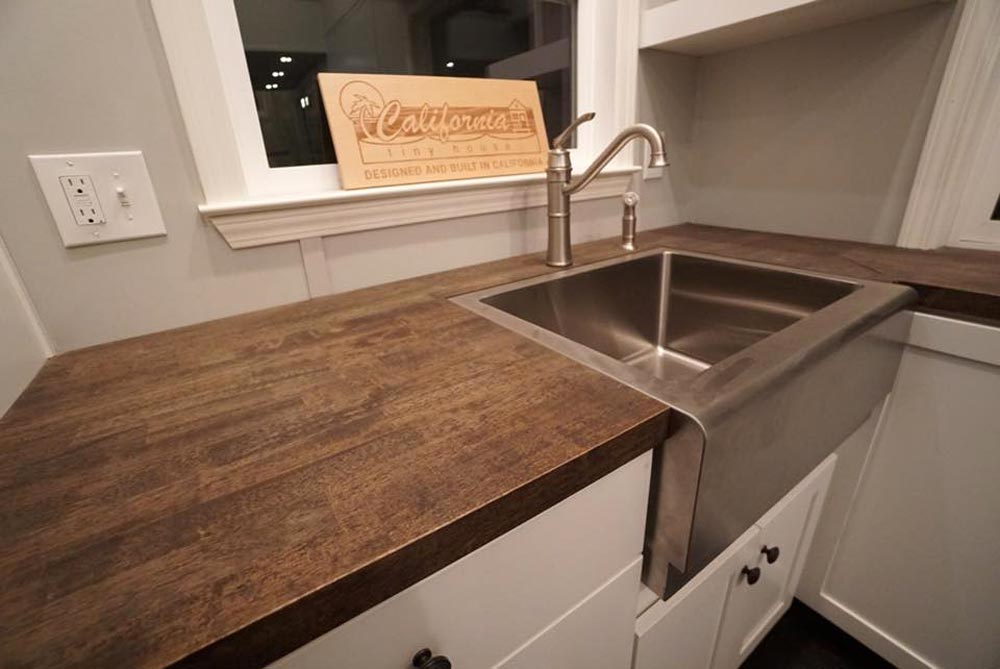 Stainless Steel Farmhouse Sink - Newport by California Tiny House