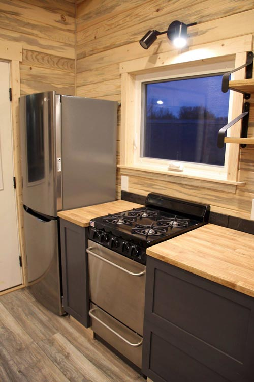 Kitchen Appliances - Pam by SimBLISSity Tiny Homes