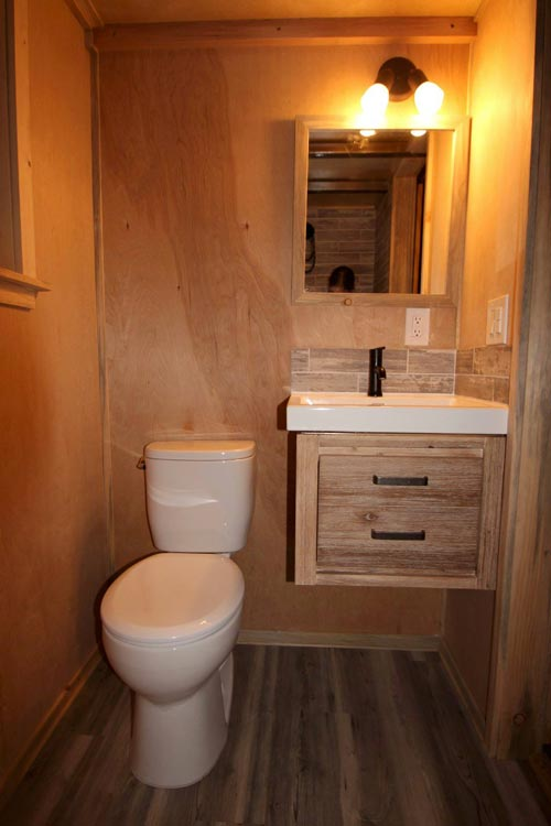 Bathroom - Pam by SimBLISSity Tiny Homes