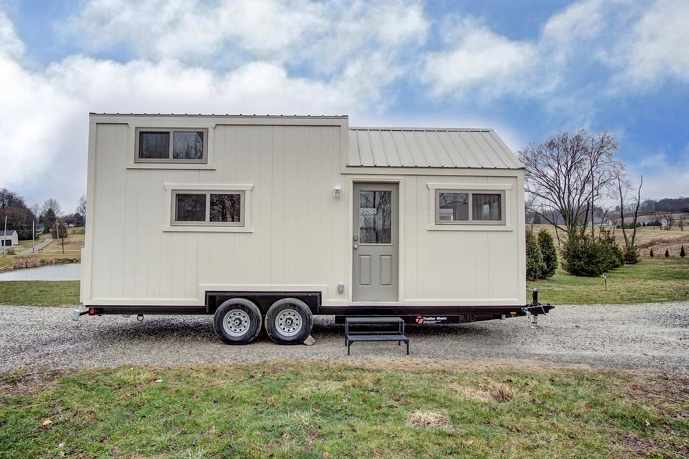 24' Tiny House - Pearl by Modern Tiny Living