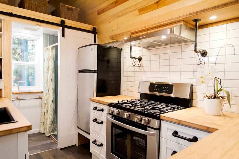 Freestanding Range - Aspen by Borealis Tiny Homes