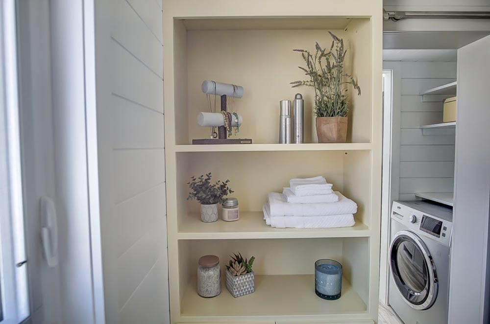 Bathroom Shelves - Fox by Modern Tiny Living