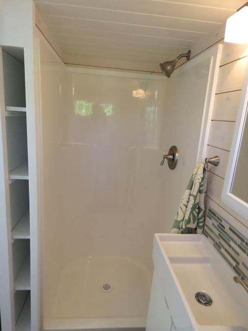 Shower Stall - Roomy Retreat 24' by Sierra Tiny Houses
