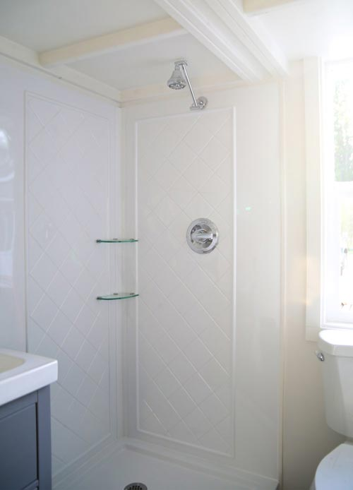 Corner Shower - Royal Pioneer by Handcrafted Movement