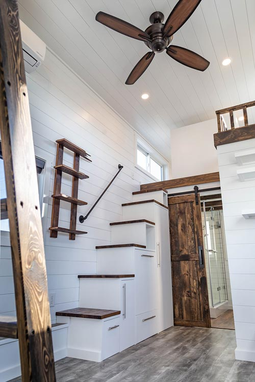 Stairs w/ Handrail - Modern Take Four by Liberation Tiny Homes