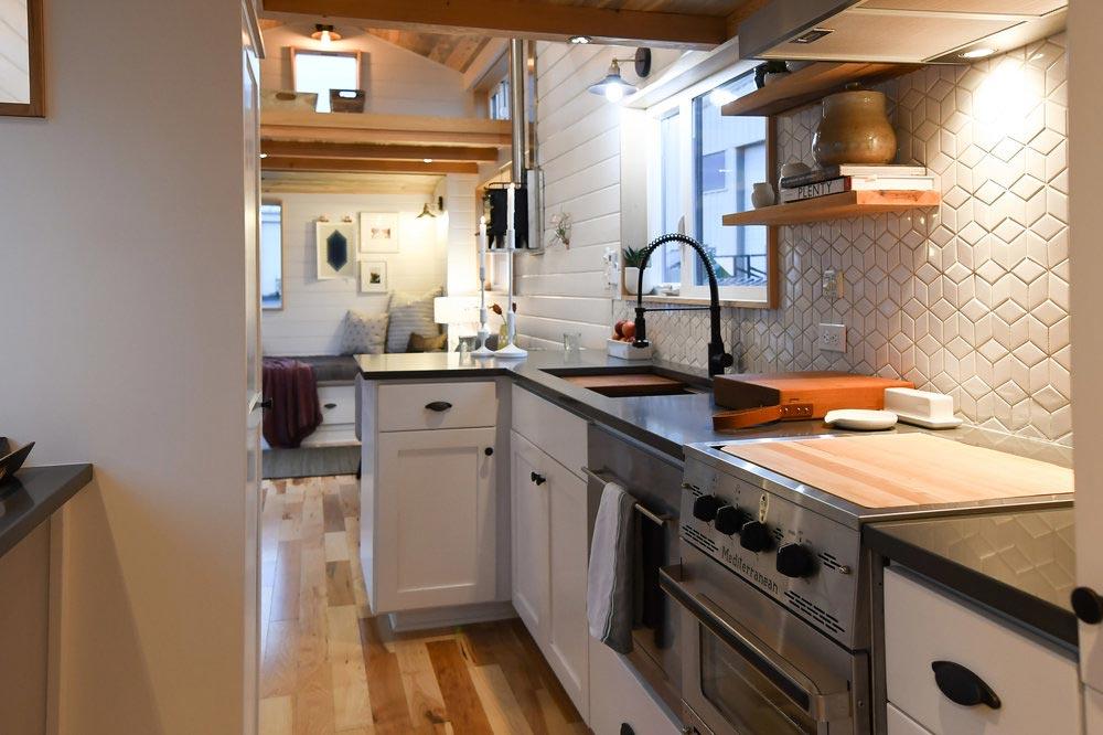 Dishwasher & Range - Urban Kootenay 28' w/ XL Dormer by TruForm Tiny