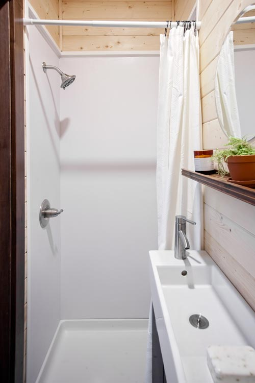 Bathroom - Vantage by Tiny Heirloom