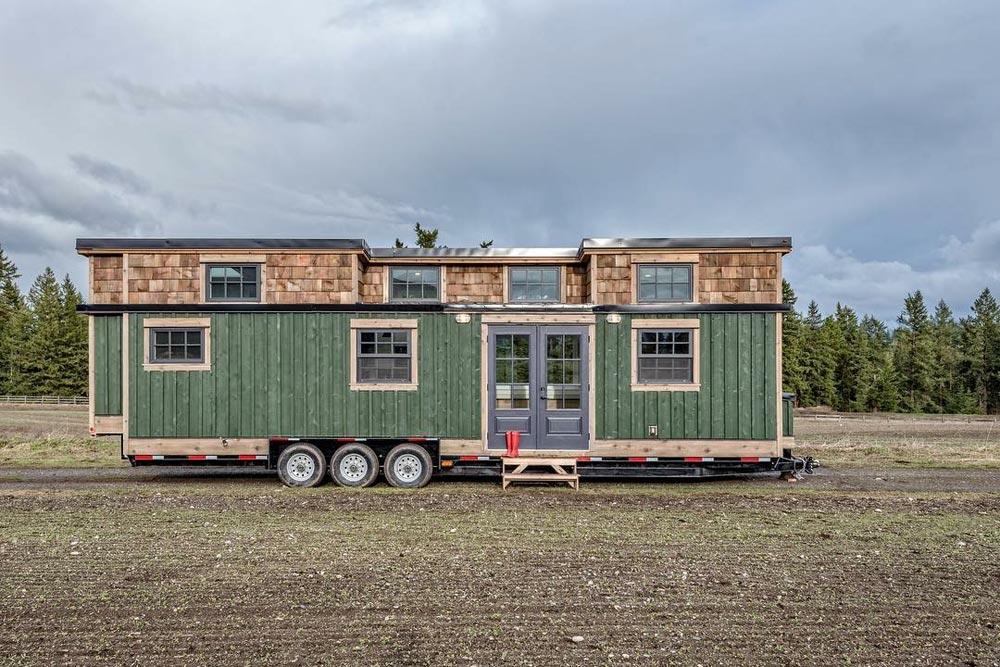 34' Tiny House - West Coast by Summit Tiny Homes