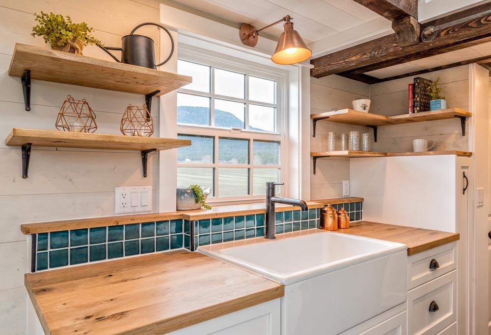 Farmhouse Sink - West Coast by Summit Tiny Homes