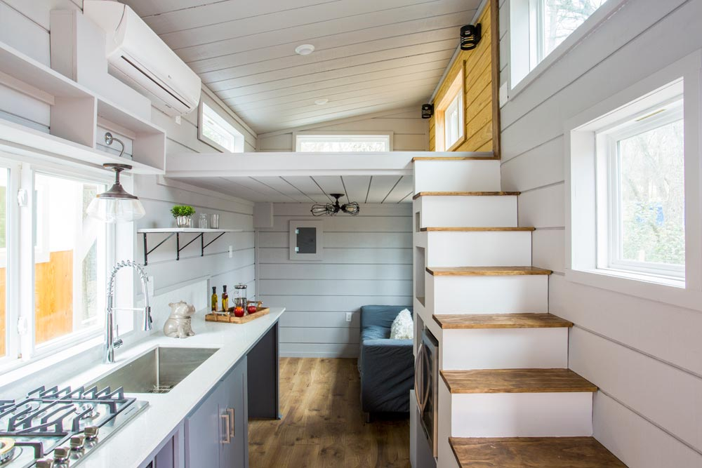 Interior View - Chuy by ATX Tiny Casas