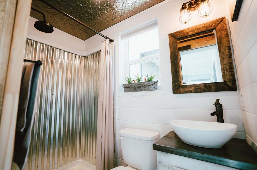 Bathroom - City by Alternative Living Spaces