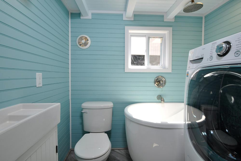 Bathroom - Olivia by Tiny House Building Company