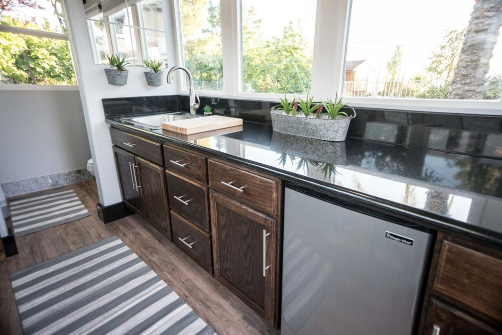 Kitchen - SacTown by Alternative Living Spaces