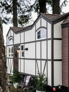 Tudor House by Tiny Heirloom
