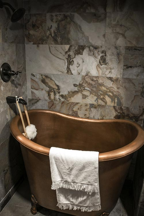 Clawfoot Tub - Tudor House by Tiny Heirloom