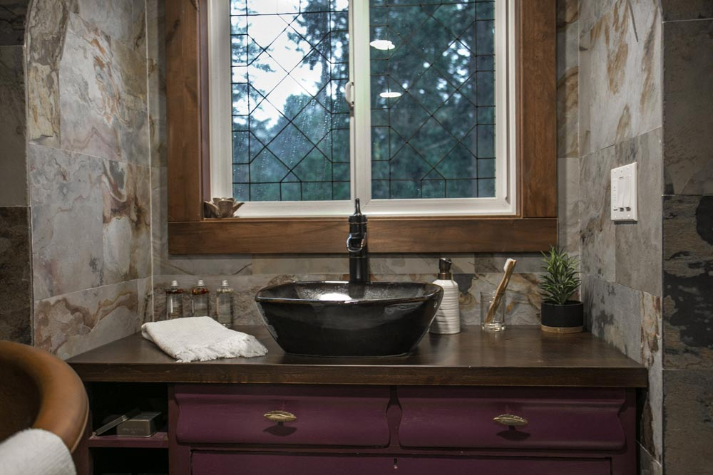Ceramic Sink - Tudor House by Tiny Heirloom