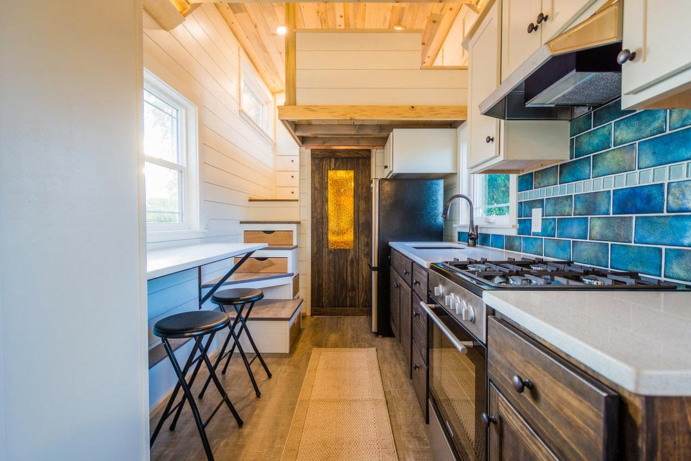 Full Size Appliances - Francelia's Tiny House by MitchCraft Tiny Homes