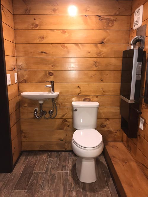 Bathroom - Be Our Guest by Incredible Tiny Homes