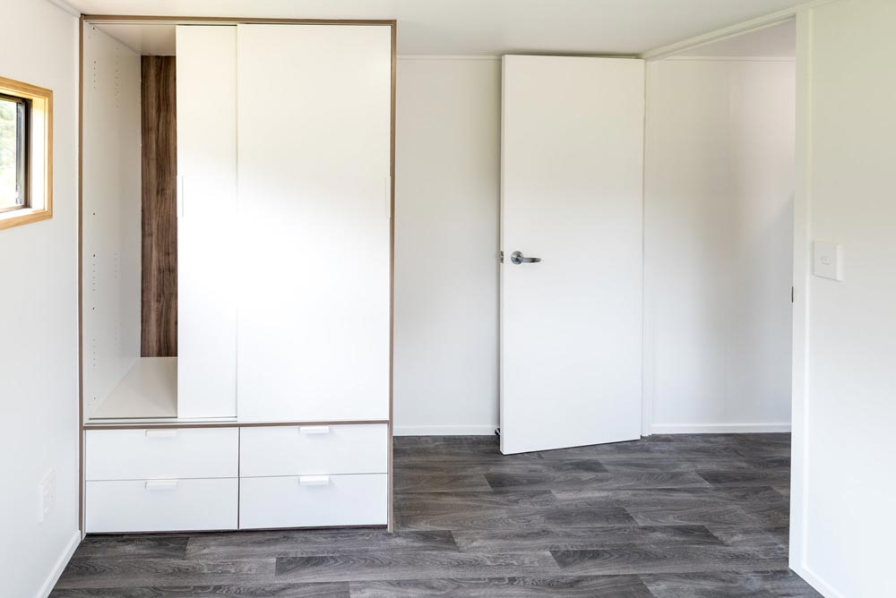 Wardrobe - Kauri by Tiny House Builders