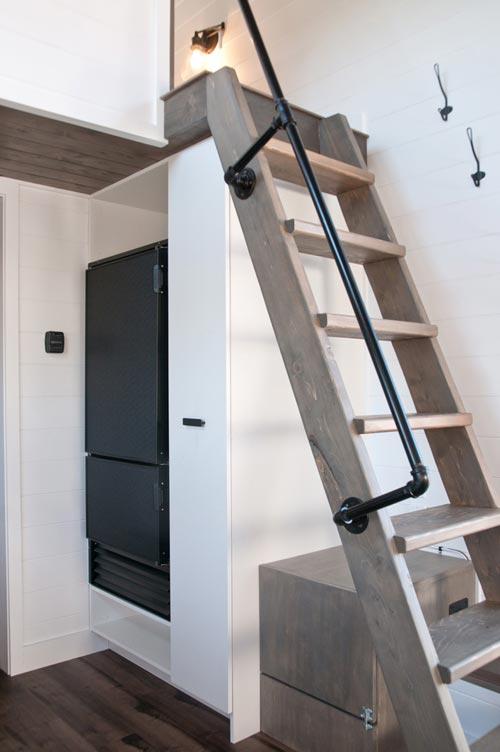 Loft Ladder - Saule by Minimaliste