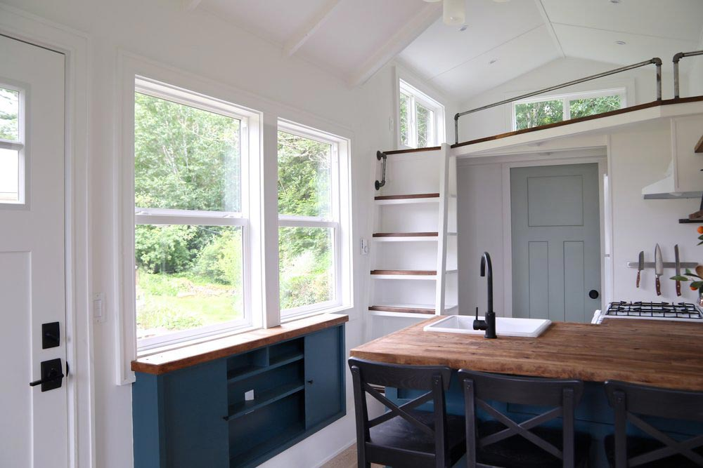 Kitchen - Seabrook by Handcrafted Movement