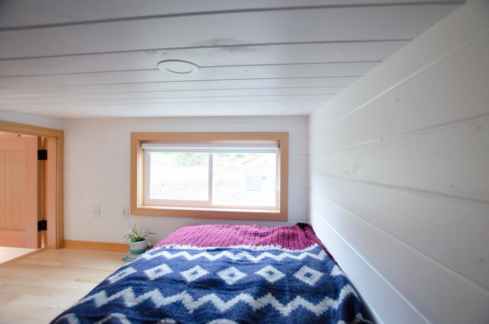 Bedroom Loft - Albatross by Rewild Homes