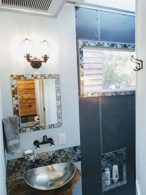 Bathroom Decor - Emerald Lodge by Pocket Mansions