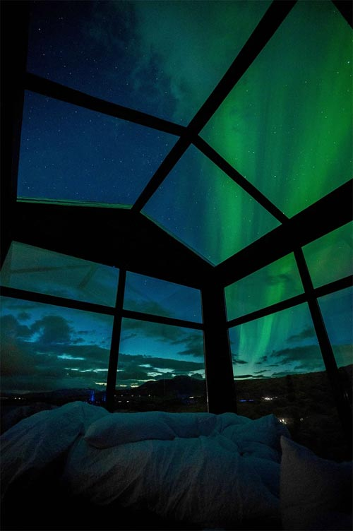 Northern Lights - Panorama Glass Lodge