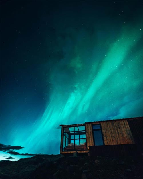 Aurora Borealis - Panorama Glass Lodge