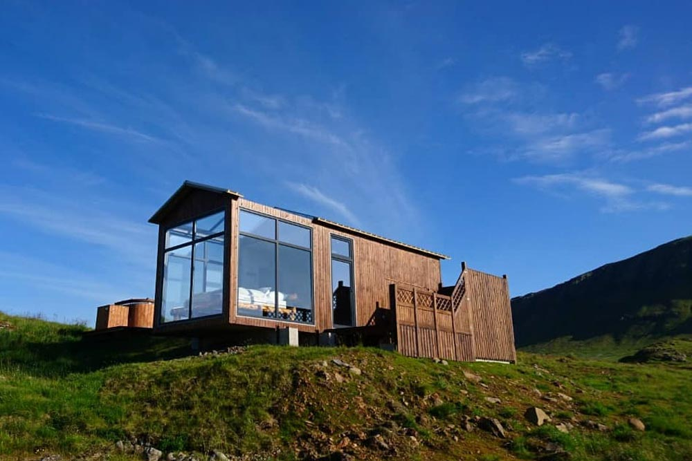 Exterior View - Panorama Glass Lodge