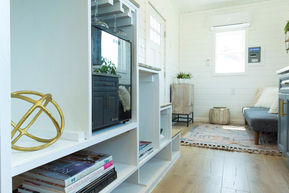 Storage Stairs - Kerbey by ATX Tiny Casas