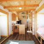 Mountain Top Retreat by Tiny Idahomes