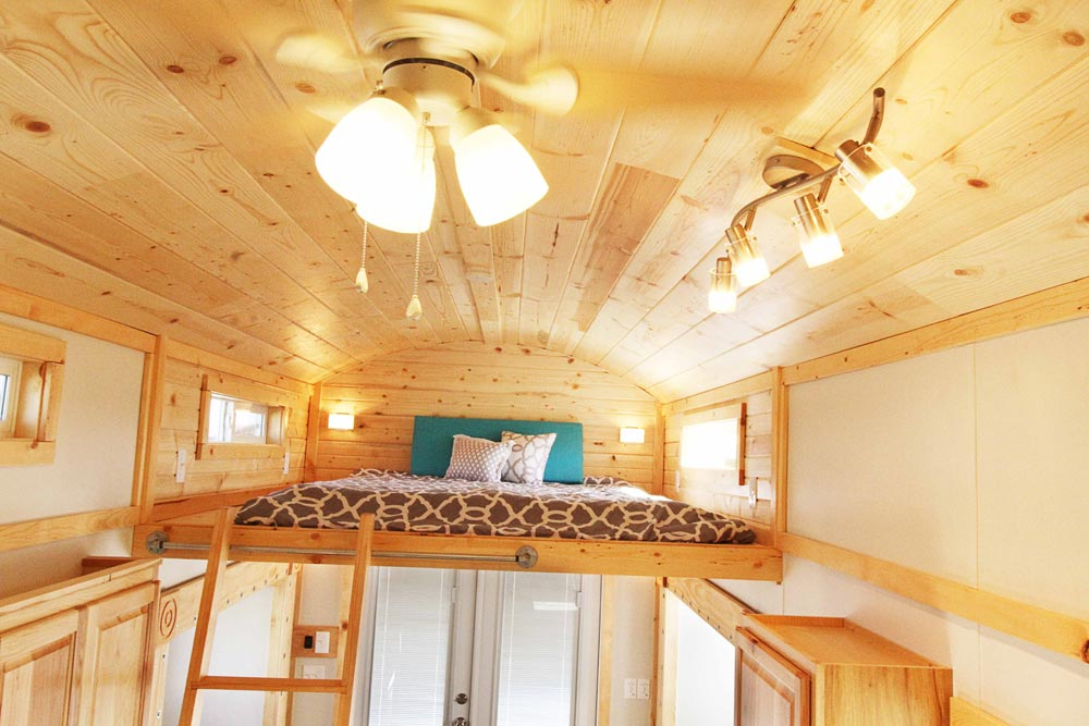 Guest Loft - Mountain Top Retreat by Tiny Idahomes