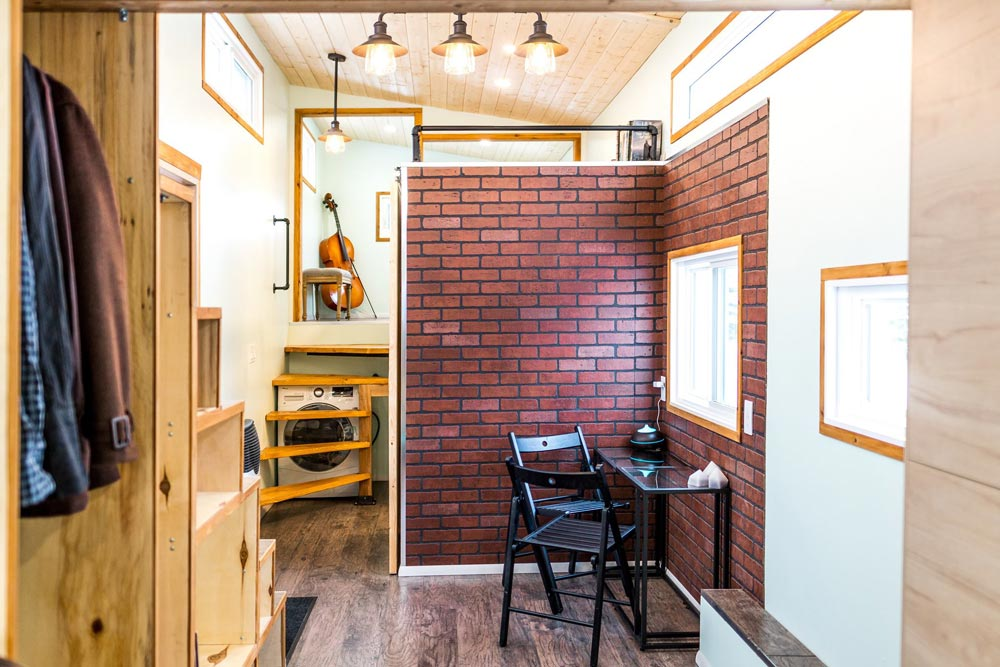 Tiny Show Home By Vagabond Tiny Homes Tiny Living