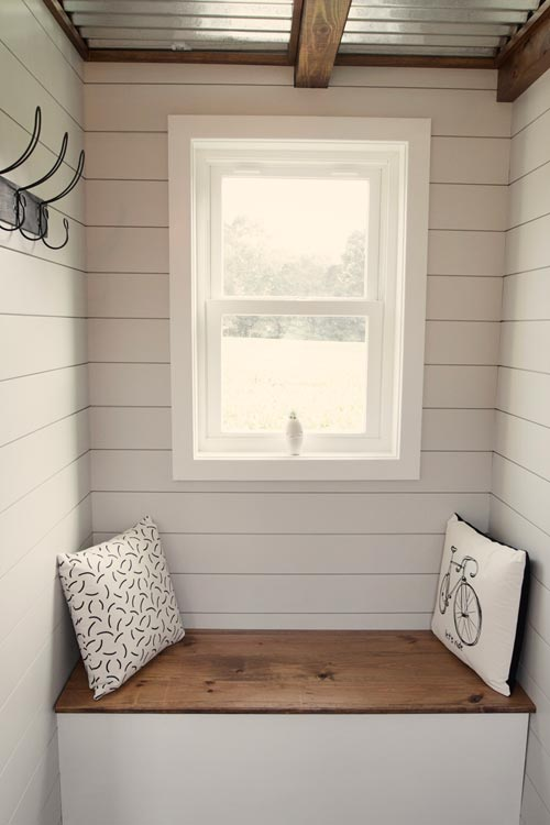 Reading Nook - Dream by Big B's Tiny Homes
