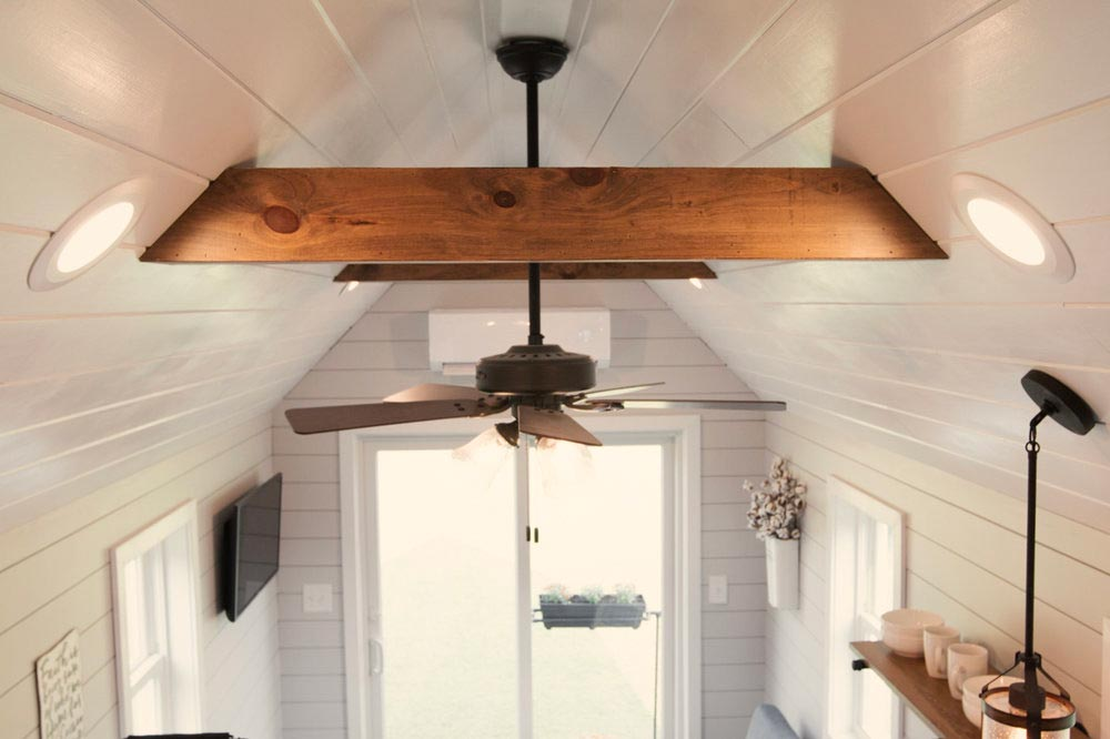 Exposed Beam Ceiling - Dream by Big B's Tiny Homes