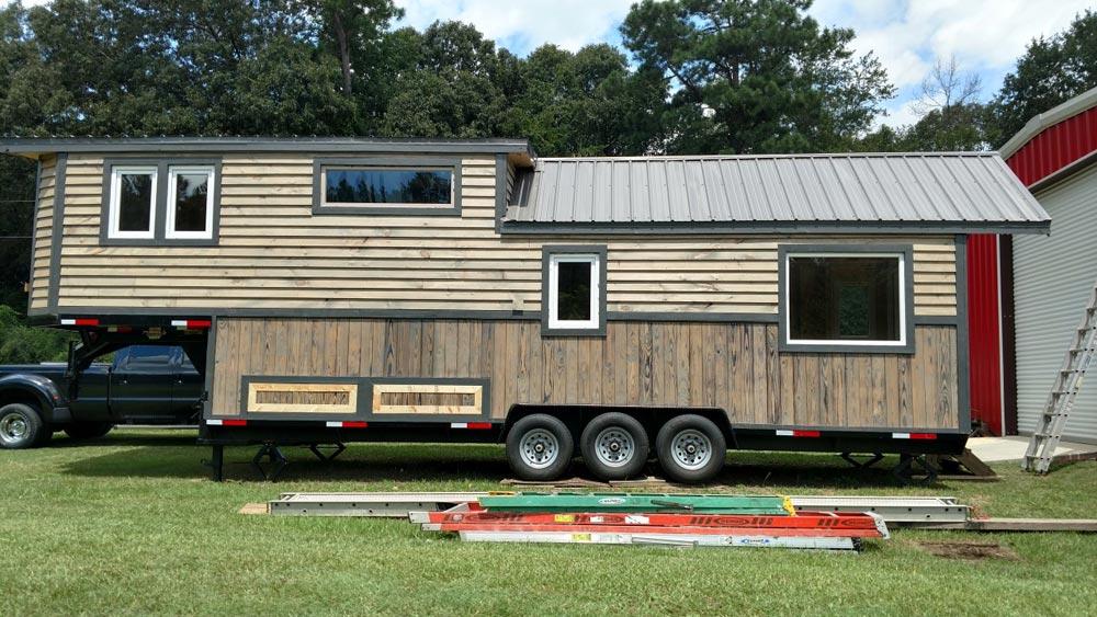 Gooseneck Tiny House - Luxury 40 by Hummingbird Tiny Housing